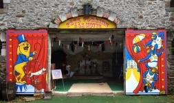 carnival-door